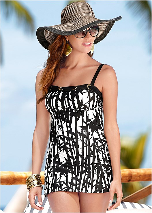 LONG TANKINI TOP,HIGH WAIST MODERATE BOTTOM,HIGH WAIST FULL CUT BOTTOM,FLOPPY STRAW HAT,KNITTED STRIPE TUNIC