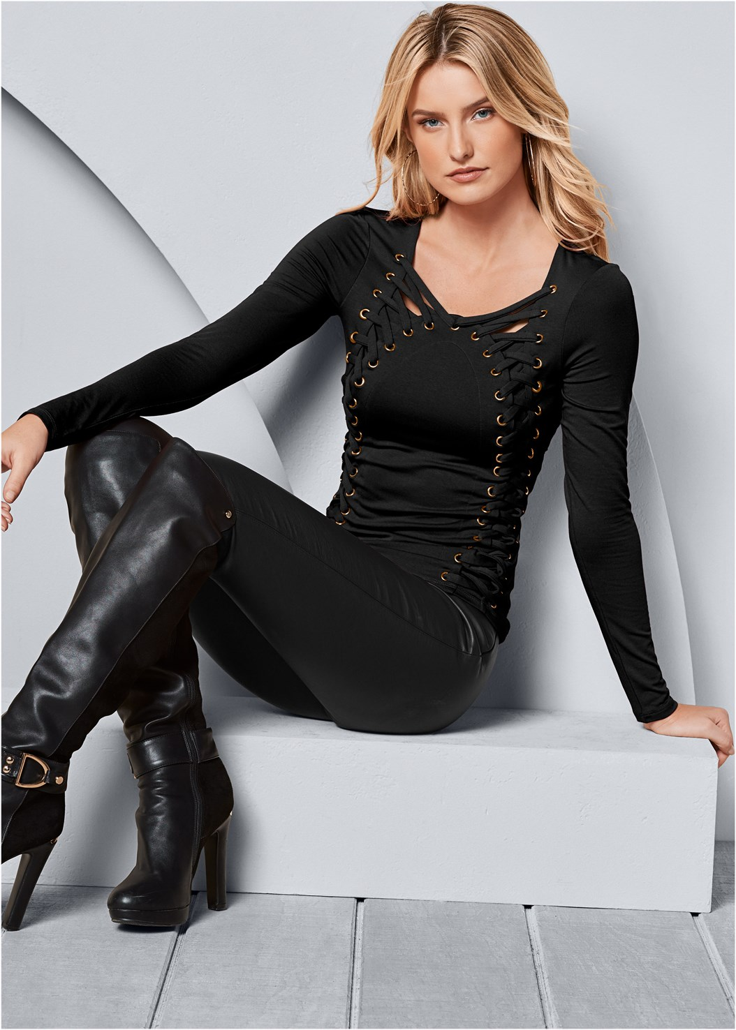 Side Lace Up Top,Color Skinny Jeans,Faux Leather Leggings,High Heel Strappy Sandals,Block Heel Boots,Stud Detail Crossbody