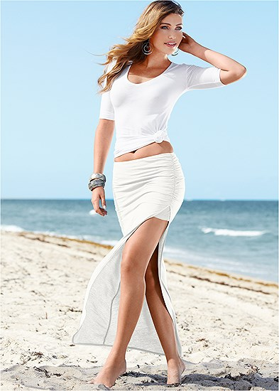 Plus Size Skirt With High Slit