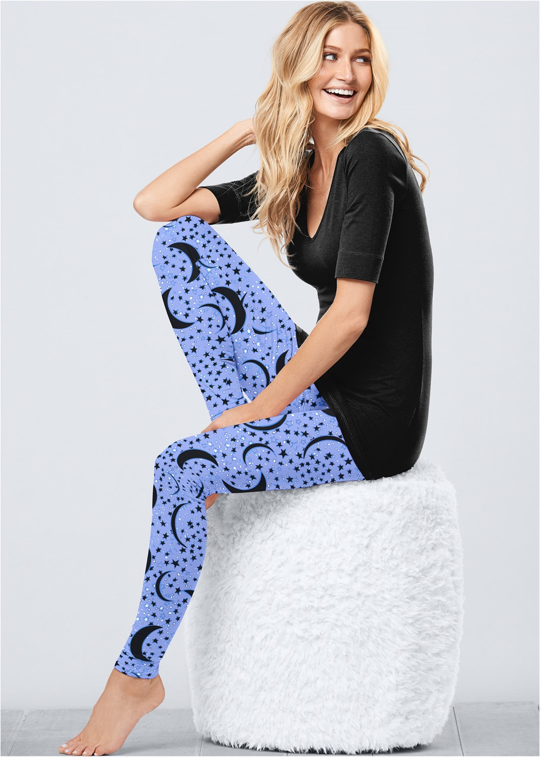Plush Sleep Leggings,Long And Lean V-Neck Tee