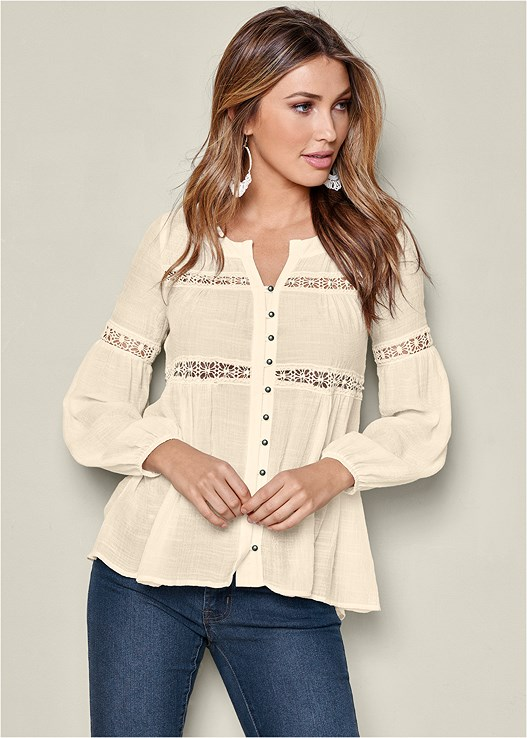 BUTTON UP LACE INSET BLOUSE,COLOR SKINNY JEANS,WRAP STITCH DETAIL BOOTIE