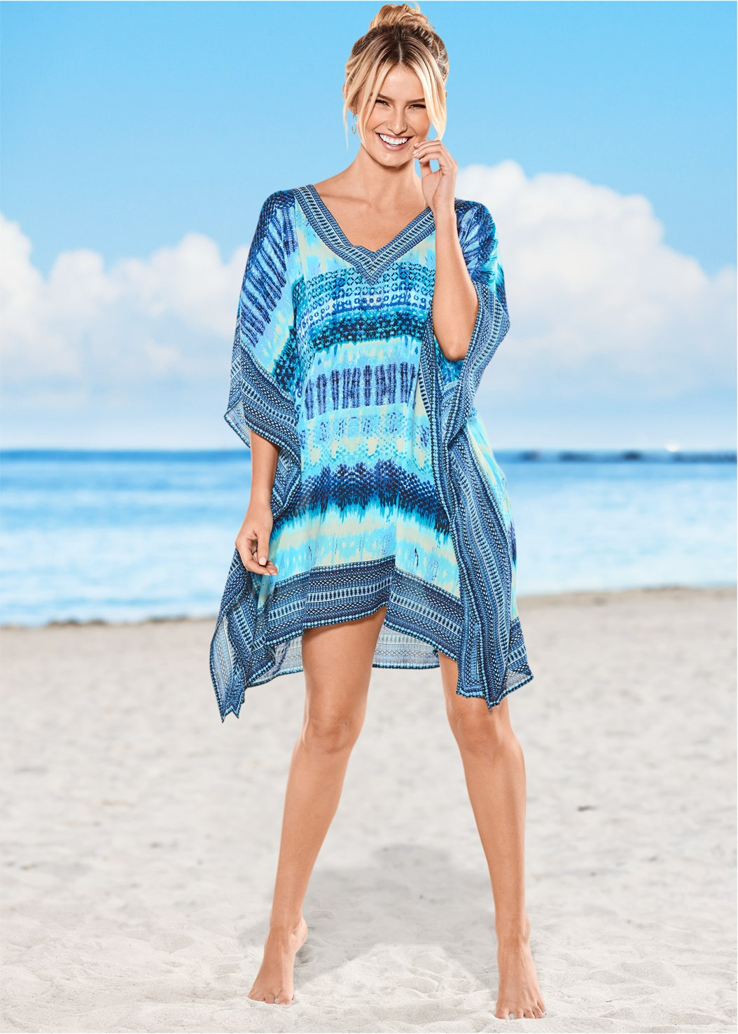 Oversized V-Neck Poncho,Marilyn Underwire Push Up Halter Top,Scoop Front Bikini Bottom