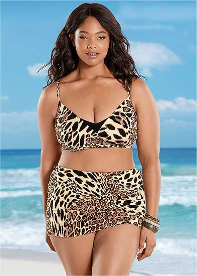Plus Size Ruched Skirted Bottom