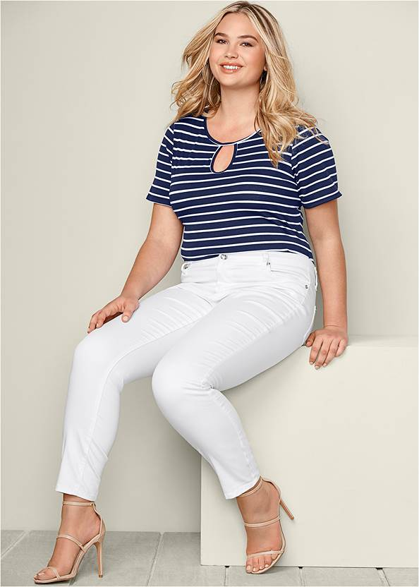 Striped Keyhole Bodysuit,Mid Rise Color Skinny Jeans,High Heel Strappy Sandals