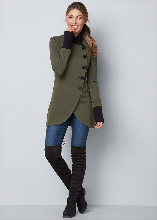 ASYMMETRICAL BUTTON JACKET,COLOR SKINNY JEANS,BLOCK HEEL BOOTS