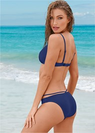 Back view Enhancing Valentina Push Up
