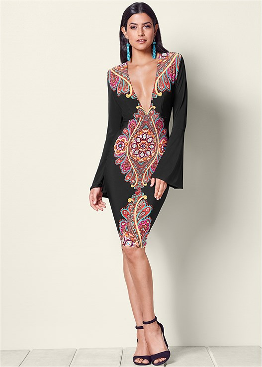PRINTED V-NECK DRESS,LUCITE DETAIL HEELS