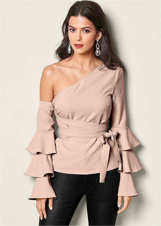 RUFFLE OFF THE SHOULDER TOP,HIGH HEEL STRAPPY SANDAL,EVERYDAY YOU STRAPLESS BRA