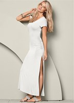 v-neck maxi dress with slit
