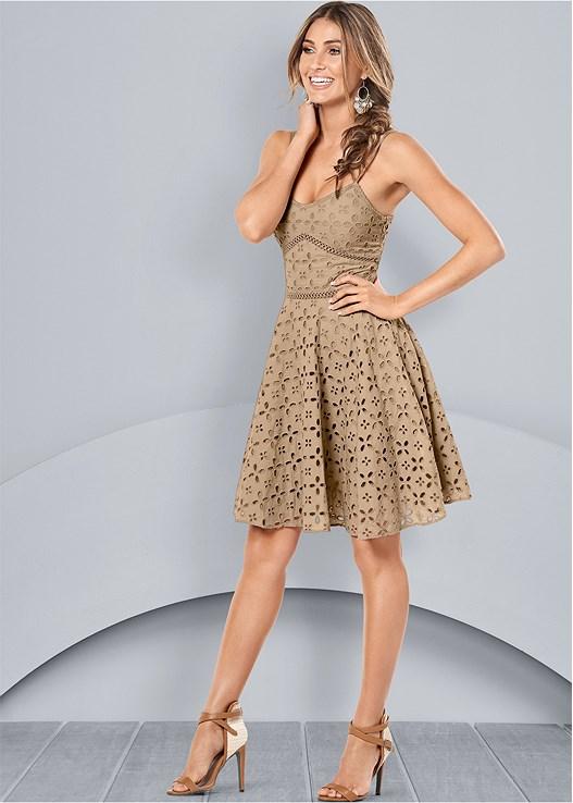 EYELET DRESS,RAFFIA DETAIL HEELS