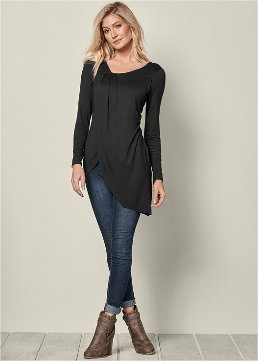 ASYMMETRICAL DRAPE TOP,COLOR SKINNY JEANS,WRAP STITCH DETAIL BOOTIES