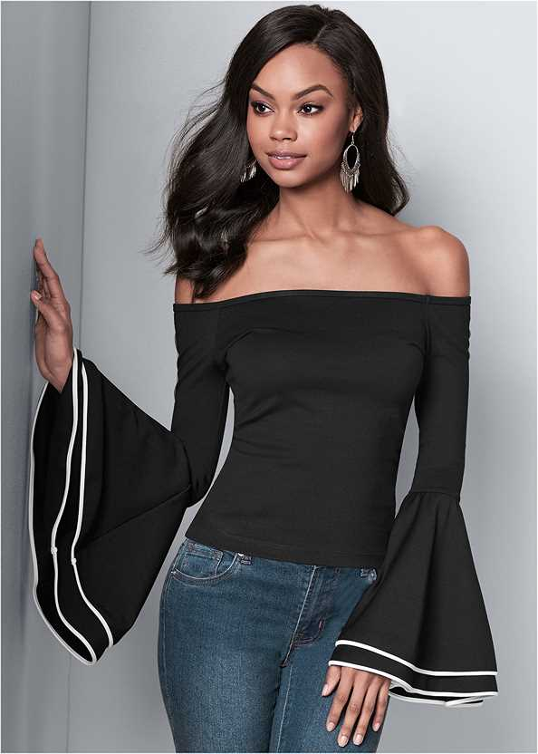 Off The Shoulder Top,Mid Rise Color Skinny Jeans,High Heel Strappy Sandals