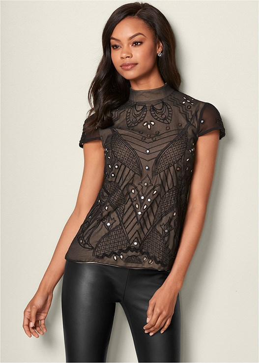 BEADED MIRROR BLOUSE,FAUX LEATHER LEGGINGS,HIGH HEEL STRAPPY SANDAL