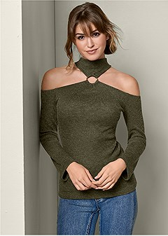 ring detail turtleneck