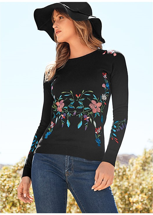 EMBROIDERED SWEATER,COLOR SKINNY JEANS,TIE BACK OVER THE KNEE BOOT