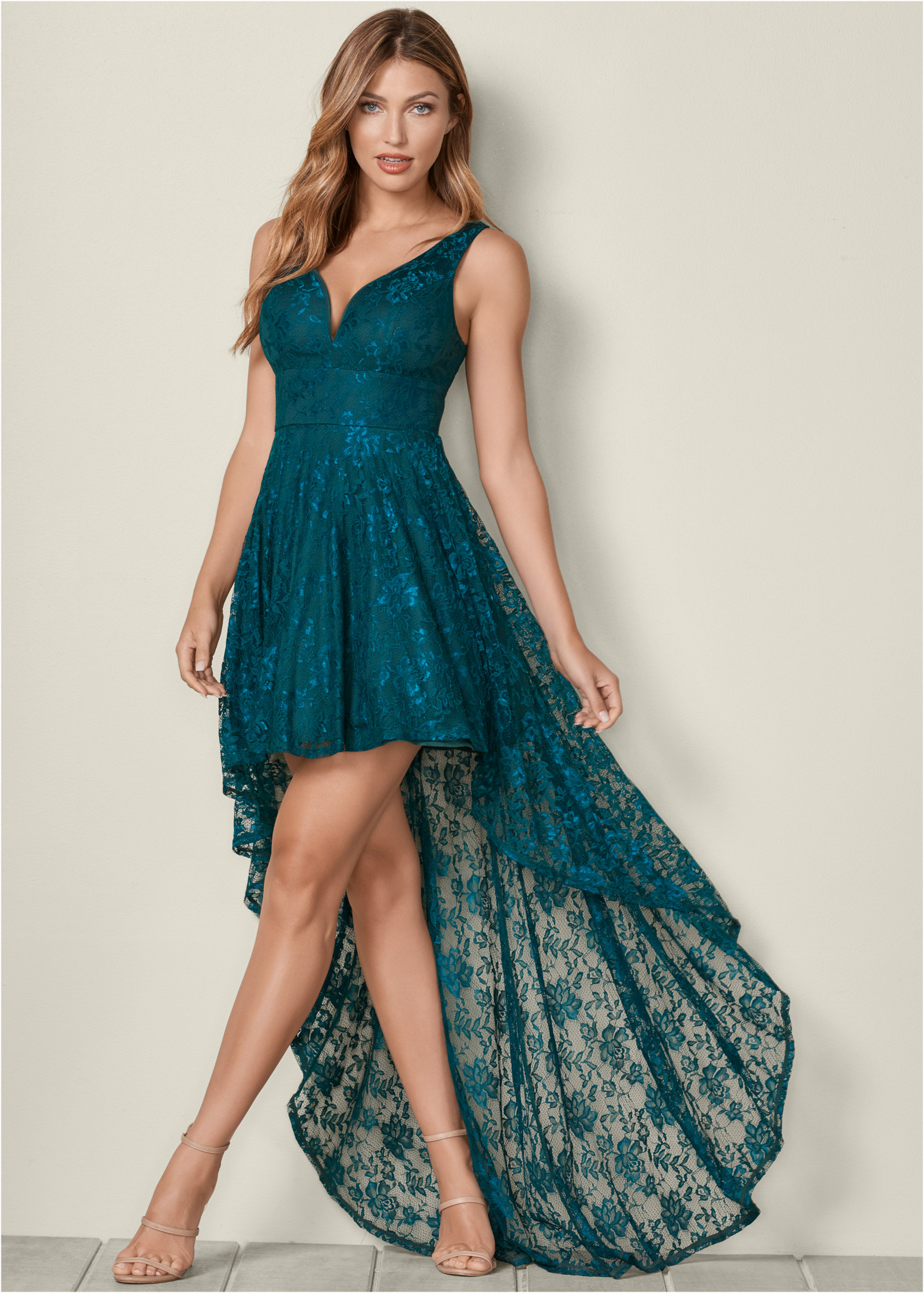 Lace Dress Party