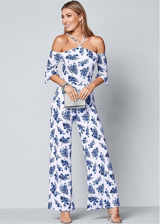 COLD SHOULDER JUMPSUIT,HIGH HEEL STRAPPY SANDALS