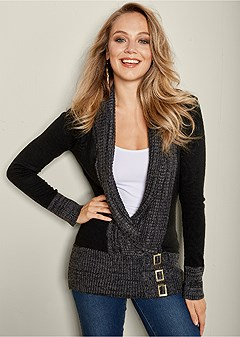 buckle low neck sweater