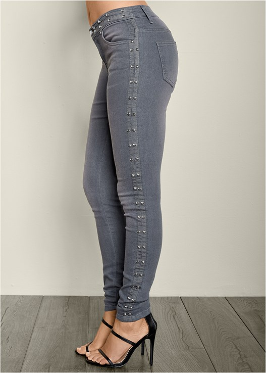 SIDE STUD DETAIL JEANS,LACE INSET SLEEVELESS TOP,HIGH HEEL STRAPPY SANDALS