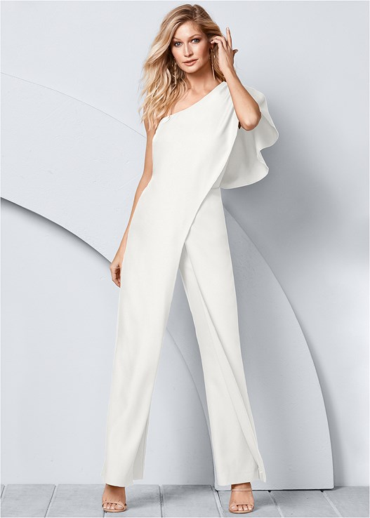 ONE SHOULDER JUMPSUIT,HIGH HEEL STRAPPY SANDALS,HOOP DETAIL EARRINGS,BANGLE SET,FULL FIGURE STRAPLESS BRA
