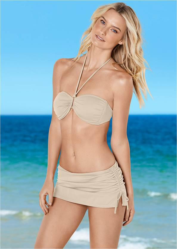 Shapely Ruched Bandeau Top,Scoop Front Classic Bikini Bottom