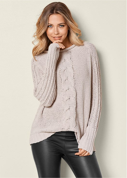 54d646b70fb89 VENUS | OVERSIZED SWEATER in Beige