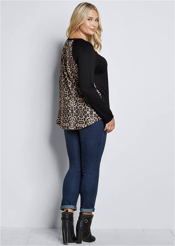 Back View Printed Back Boat Neck Top