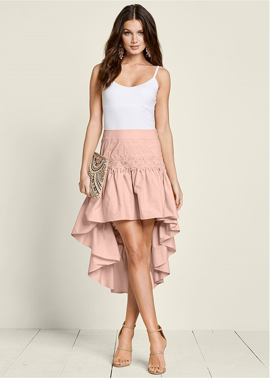 LACE DETAIL HIGH LOW SKIRT,SEAMLESS CAMI,HIGH HEEL STRAPPY SANDALS