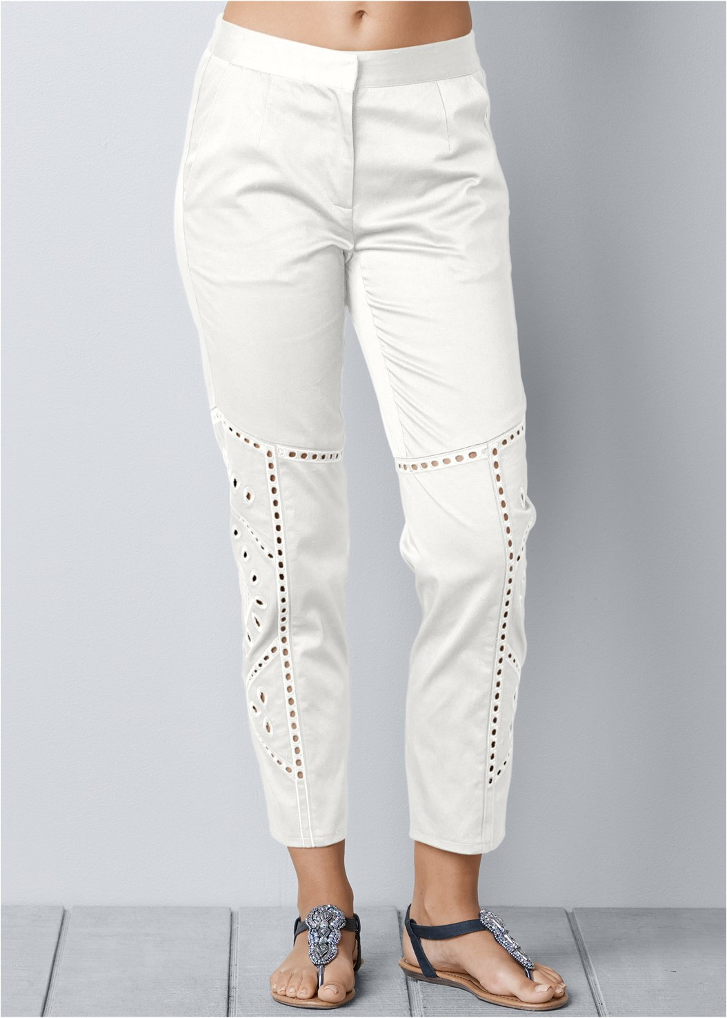 Eyelet Detail Pants,Back Detail Top