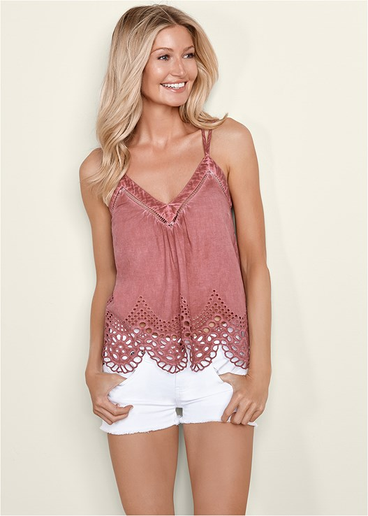 EYELET TRIM TANK TOP,CUT OFF JEAN SHORTS