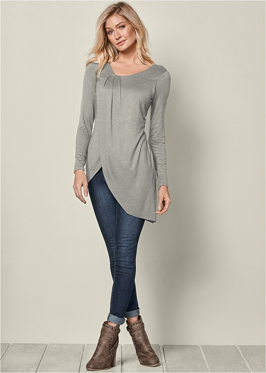 ASYMMETRICAL DRAPE TOP,COLOR SKINNY JEANS,WRAP STITCH DETAIL BOOTIE,KISSABLE STRAPPY LACE BRA