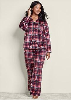 Plus Size Pajamas & Sleep