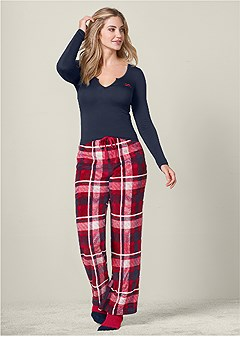 plush pajama 3 piece set in holiday plaid venus