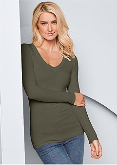ribbed v-neck top