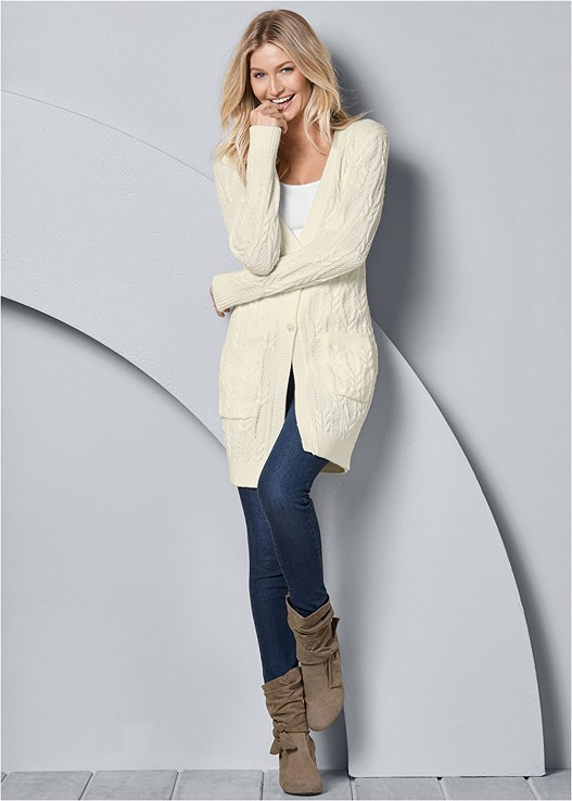 OVERSIZED CARDIGAN,SEAMLESS CAMI,EVERYDAY YOU STRAPLESS BRA,COLOR SKINNY JEANS,KNOTTED SLOUCHY BOOTS