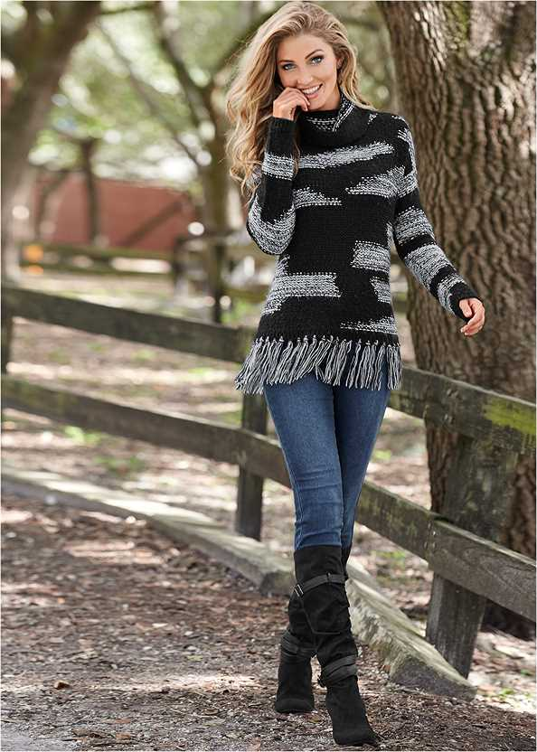 Contrasted Fringe Sweater,Mid Rise Color Skinny Jeans,Slouchy Layered Strap Boots