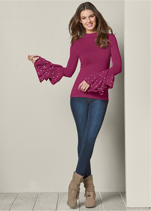 PEARL DETAIL RUFFLE SWEATER,COLOR SKINNY JEANS,KNOTTED SLOUCHY BOOT