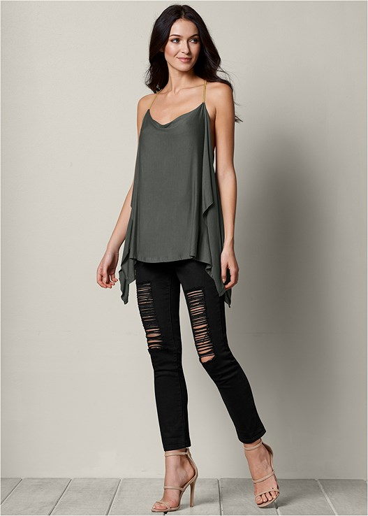 RIPPED JEANS,HIGH HEEL STRAPPY SANDALS