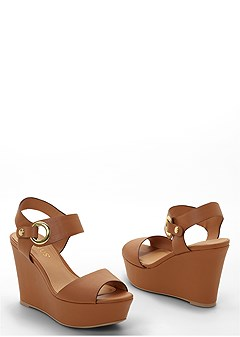 buckle detail wedge