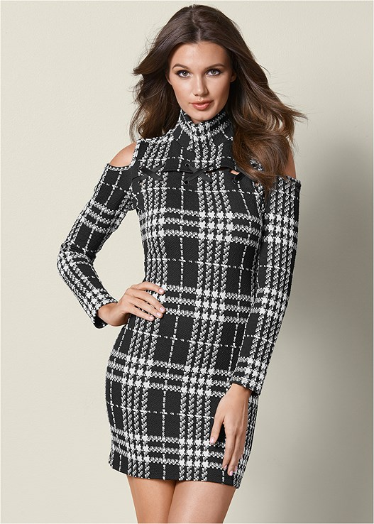 PLAID COLD SHOULDER DRESS,PERFORATED LACE UP HEEL