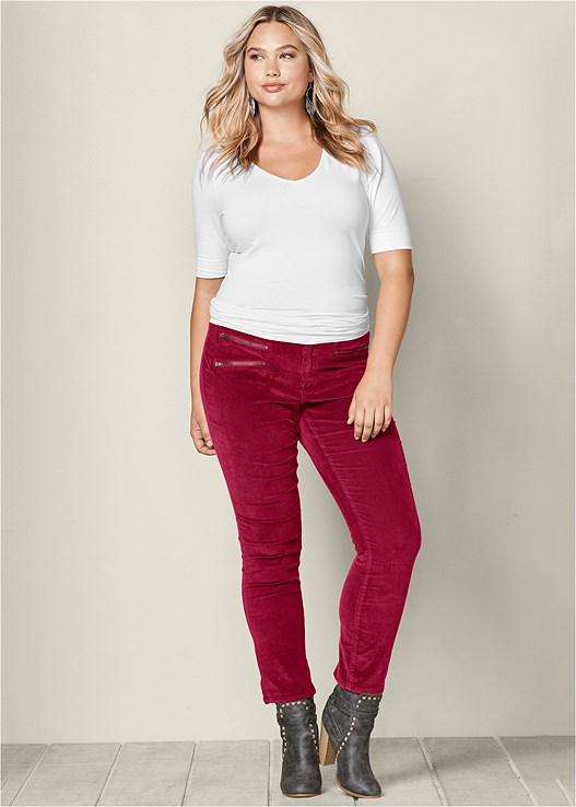 ZIPPER DETAIL CORDUROY,LONG AND LEAN TEE,WRAP STITCH DETAIL BOOTIES