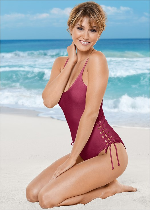 SIDE GROMMET TIE ONE-PIECE