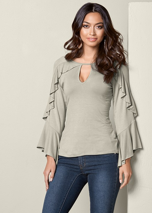 RUFFLE DETAIL TOP,COLOR SKINNY JEANS,HOOP TASSEL DROP EARRINGS
