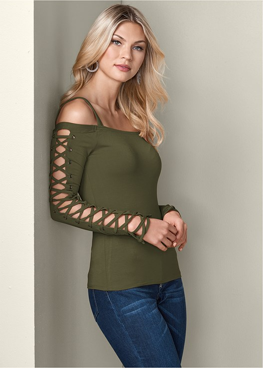 LACE UP COLD SHOULDER TOP,OPEN HEEL BOOTIE,TIERED HOOP NECKLACE,MESH HOOP EARRINGS,EVERYDAY YOU STRAPLESS BRA