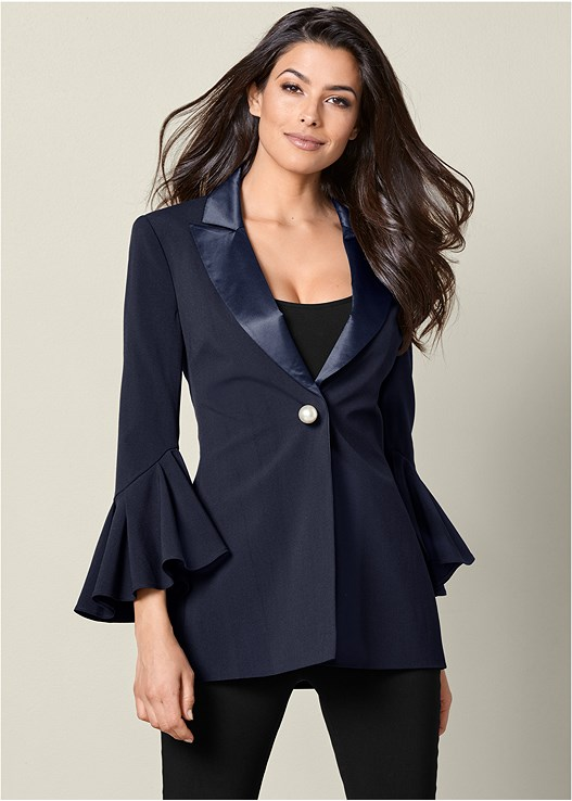 PEARL DETAIL BLAZER,SEAMLESS CAMI,SLIMMING STRETCH JEGGINGS