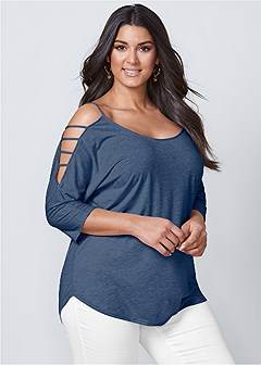 plus size sleeve detailed top