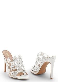 flower detail heel
