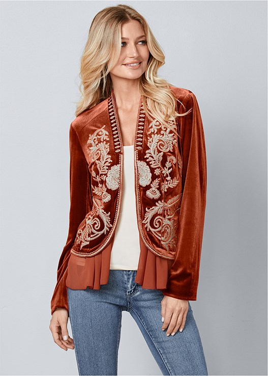 EMBROIDERED VELVET JACKET,SEAMLESS CAMI,COLOR SKINNY JEANS,OPEN HEEL BOOTIES