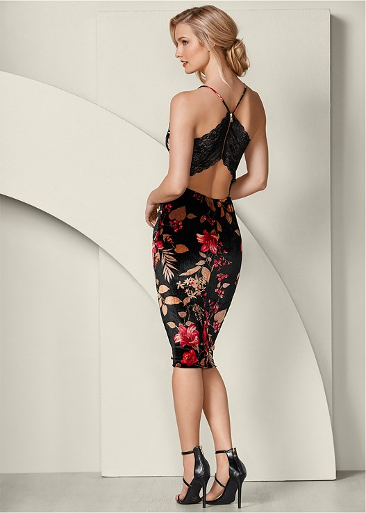 LACE BACK BODYCON DRESS,3 PK OF PETALS,HIGH HEEL STRAPPY SANDALS,BAUBLE HOOP EARRINGS