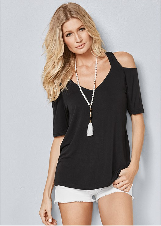 4396864443e06 COLD SHOULDER TOP in Black